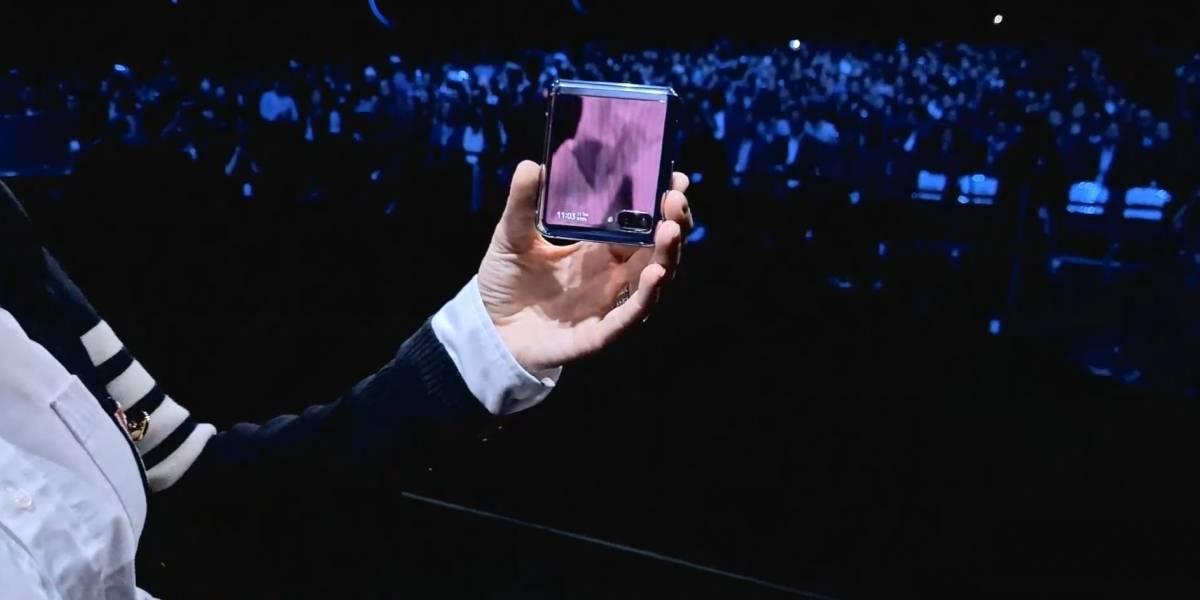 """¿Tuviste un celular """"almeja""""? Samsung apuesta por diseño retro con el Galaxy Flip"""