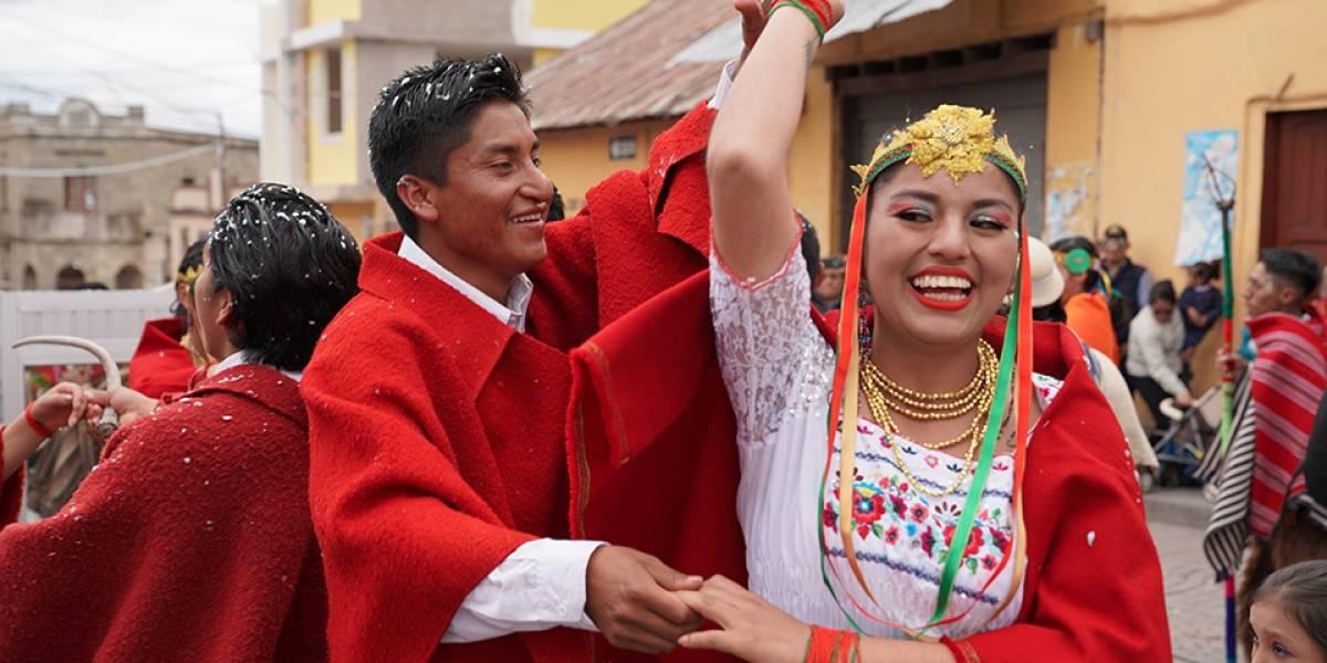 """Delfín Quisphe invita al Carnaval de Guamote para """"disfrutar hasta el fin"""""""