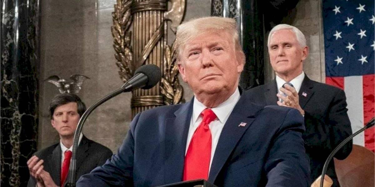 Vuelos entre EU y Europa quedan suspendidos por 30 días, anuncia Trump