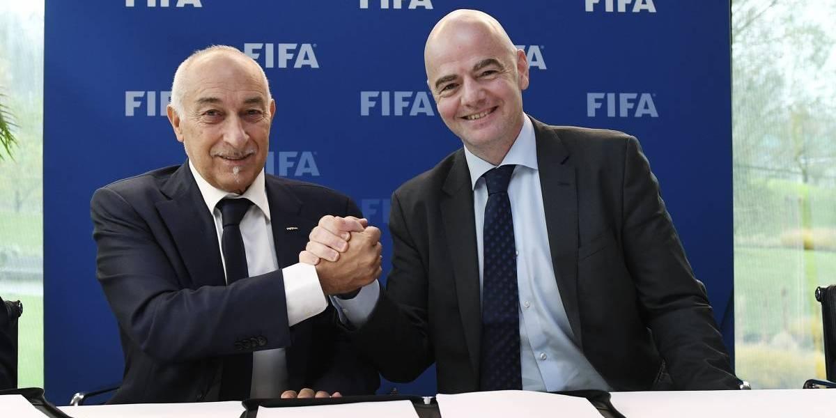 FIFA crea un fondo mundial que garantiza el salario de los futbolistas