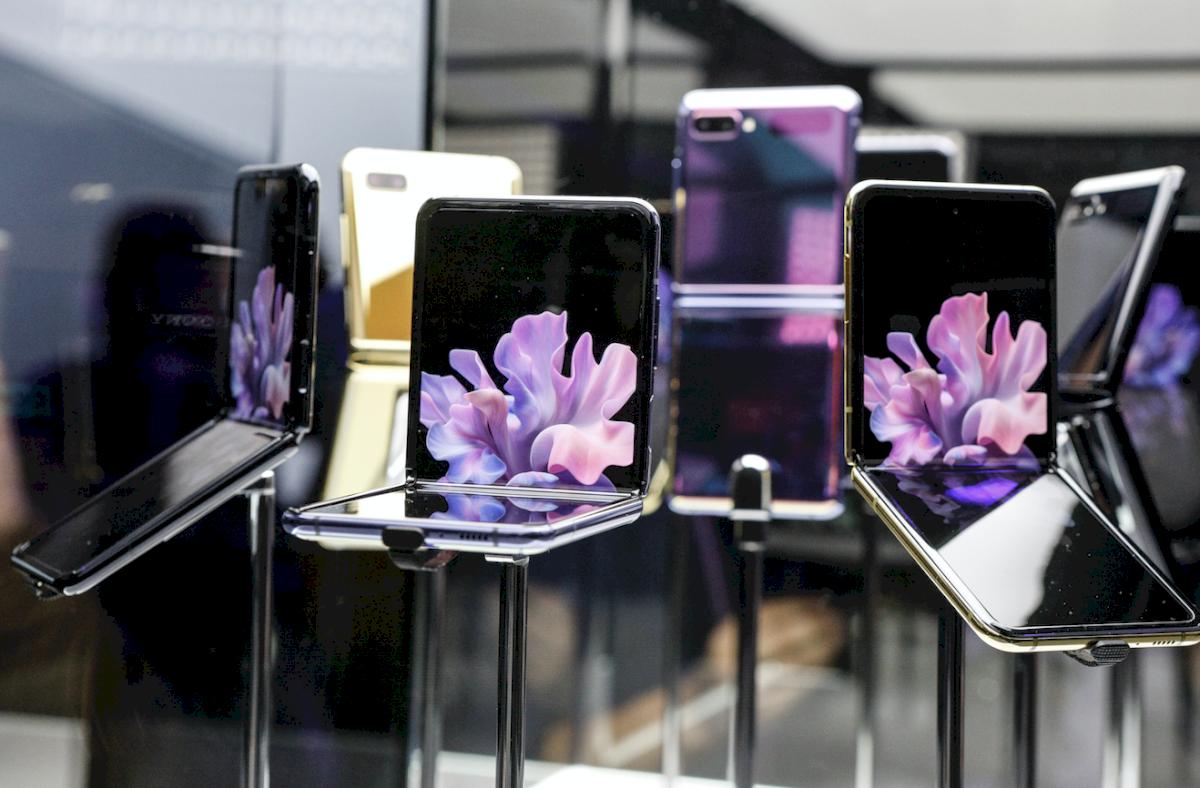 Samsung presenta su nuevo teléfono plegable, compacto y potente