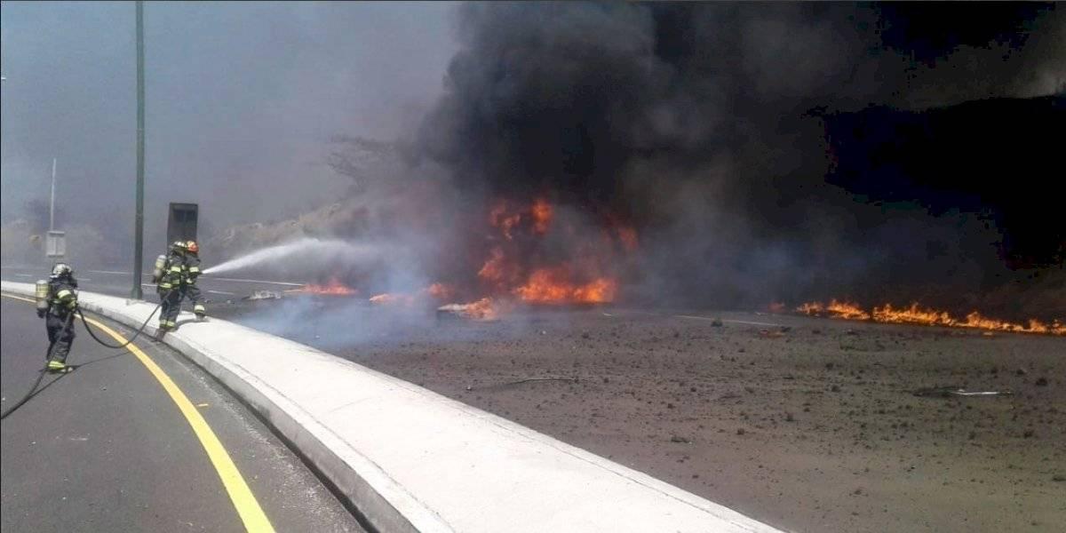 Un fallecido tras incendio vehicular en Guayllabamba.