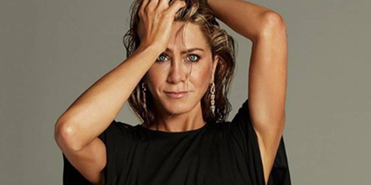 Jennifer Aniston sorprende con un look de cuero para festejar sus 51 años