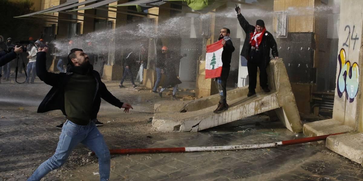 Se intensifican protestas en Líbano ante voto para nuevo gobierno