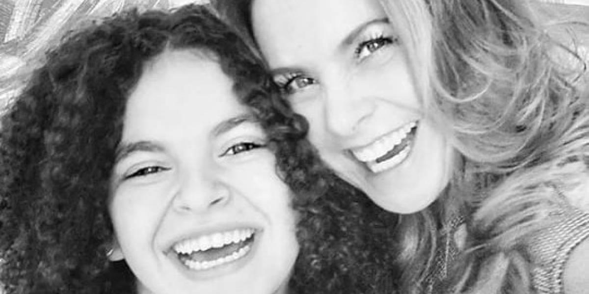 Filtran foto de la hija de Lucero en traje de baño en la playa tras cumplir sus 15 años