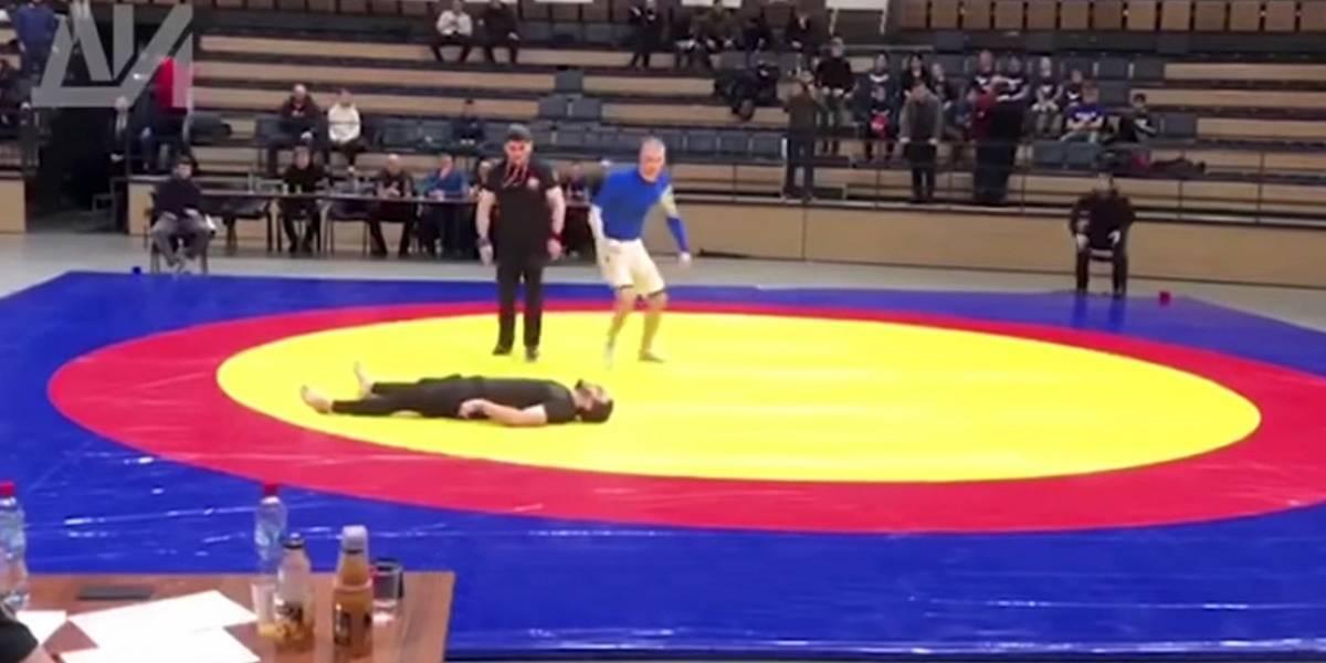 Luchador se quiebra el cuello en pleno torneo por mala maniobra