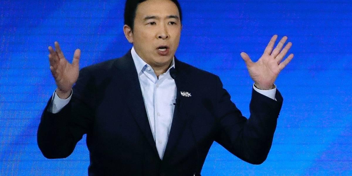 Se empiezan a caer los candidatos demócratas; renuncian Yang y Bennet