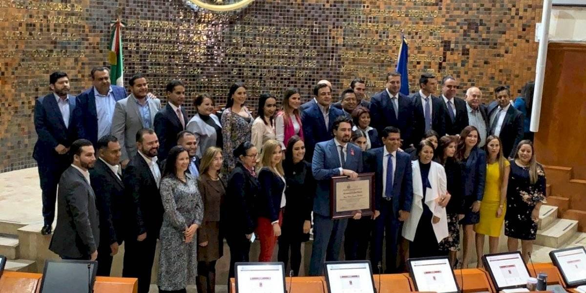 Rinden homenaje a Jorge Vergara en el Congreso del Estado Jalisco