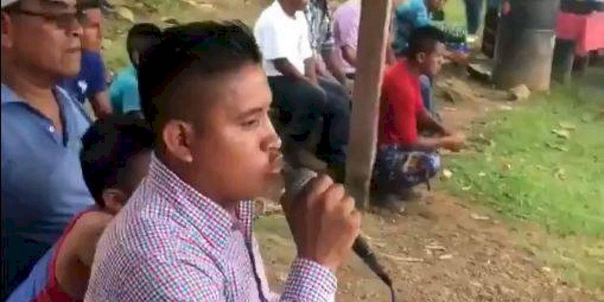 Famoso comentarista de ESPN se rinde ante el talento de humilde narrador guatemalteco