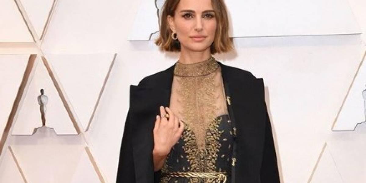 Critican fuertemente a Natalie Portman por el vestido que utilizó en los premios Oscar
