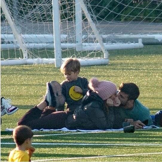 Shakira y Piqué, captados como nadie lo esperaba ¡tremendos besos!