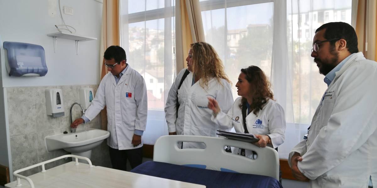 Coronavirus: Hospital Van Buren de Valparaíso tiene lista sala de aislamiento