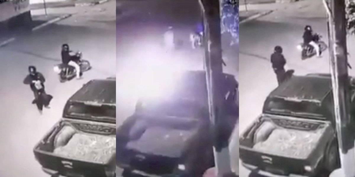 Atentado contra asambleísta de Alianza PAIS: lanzaron gasolina a sus vehículos