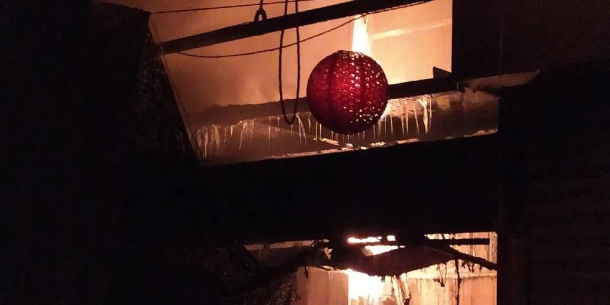 Dos mercados en CDMX se incendian en la madrugada