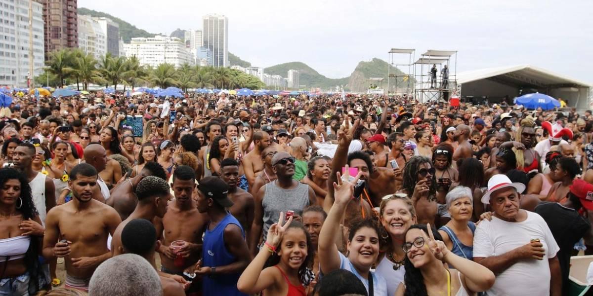 Médico explica como doença do beijo pode ser evitada no Carnaval