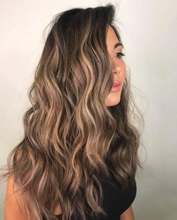 Colores de cabello que iluminan tu cara