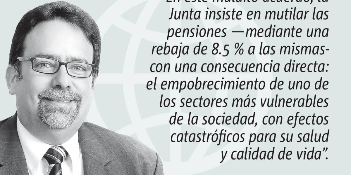 """Opinión de Denis Márquez: """"Crimen contra Puerto Rico"""""""
