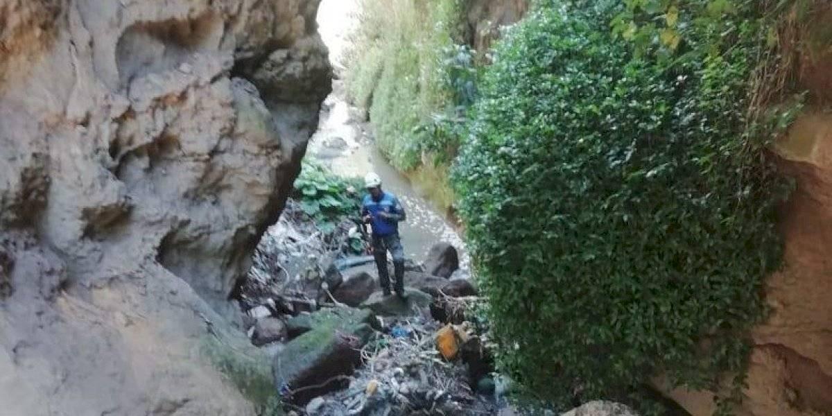 Hallan el cuerpo de un hombre en una quebrada de Llano Chico, norte de Quito