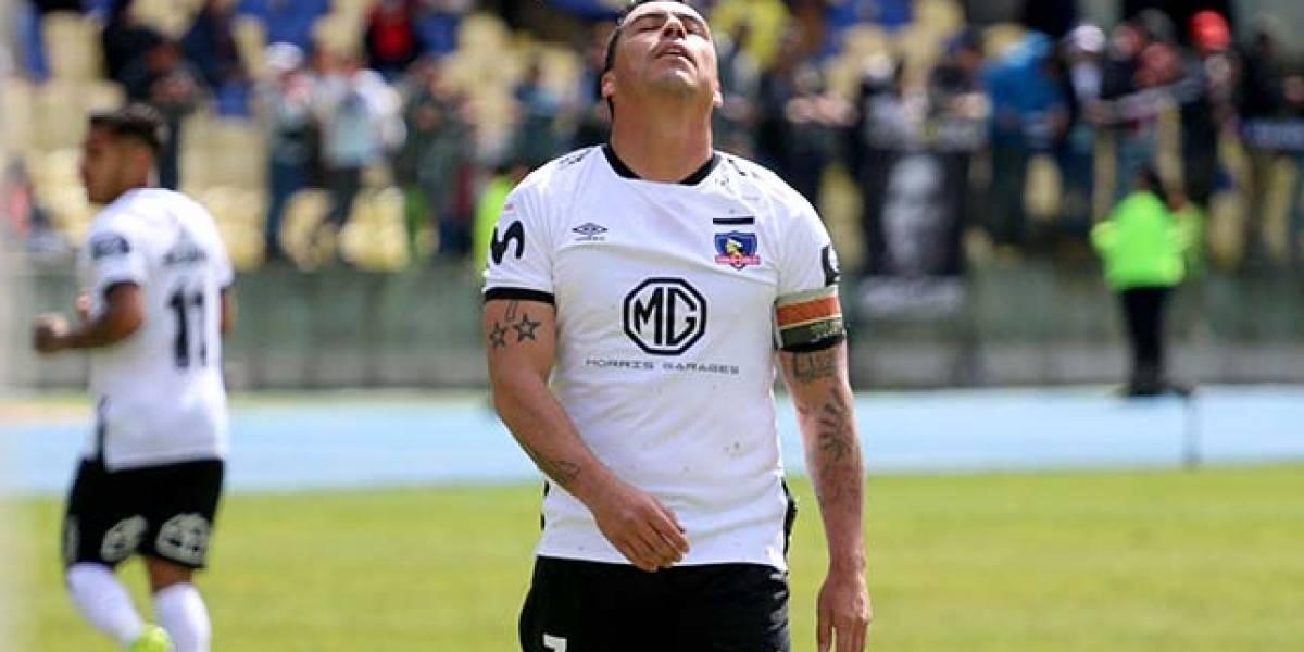 Esteban Paredes apoyó a su acusado representante Sergio Morales