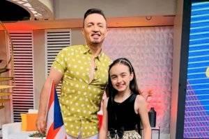 Productora de Pégate al Mediodía aclara hija de Melwin Cedeño asiste a la escuela