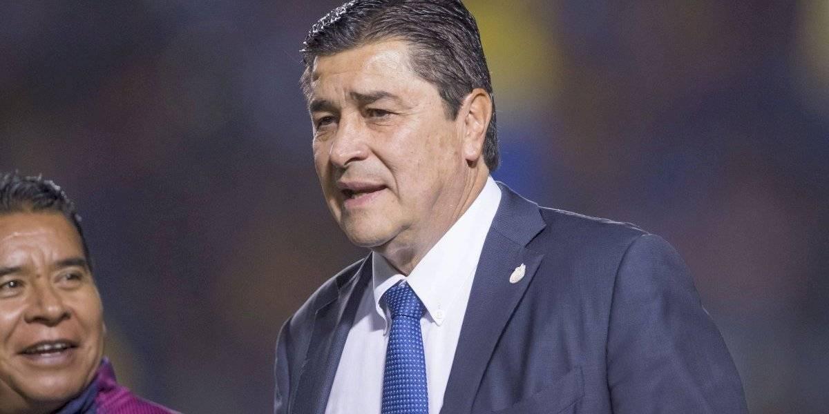 Luis Fernando Tena le daba dinero a jugadores de Cruz Azul para comer