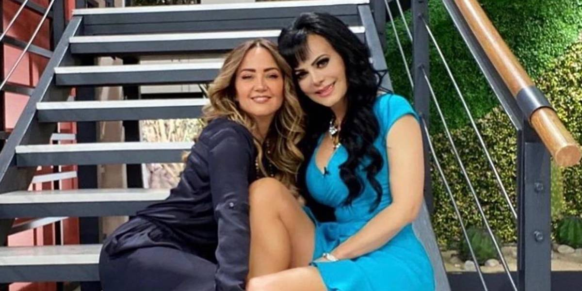 Duelo de piernas sensuales entre Andrea Legarreta y Maribel Guardia ¿Quién gana?