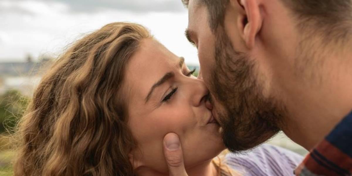 Ten cuidado: Puedes contraer estas 5 enfermedades a través de los besos