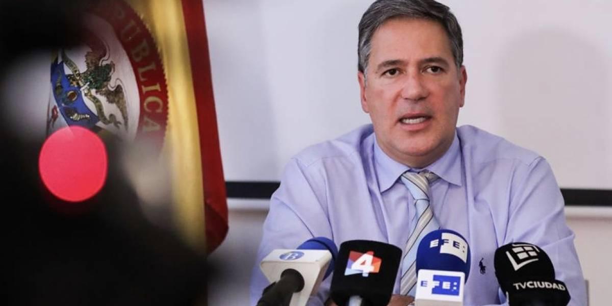 El discurso que dio el embajador luego de que encontraran laboratorio de cocaína en su propiedad