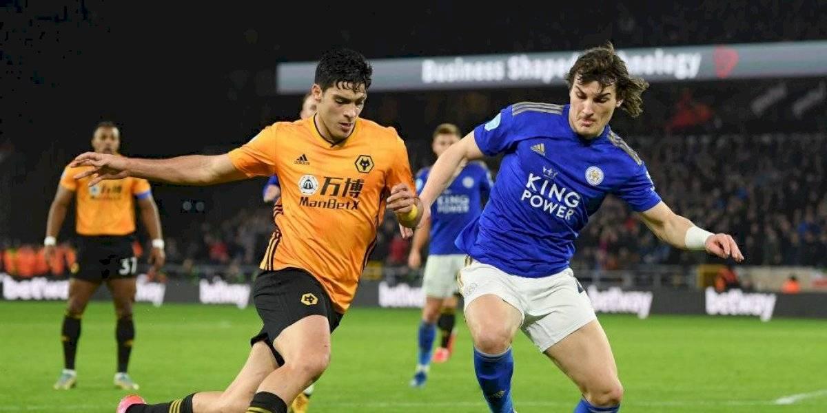 Raúl Jiménez y Wolverhampton no pueden vencer al Leicester