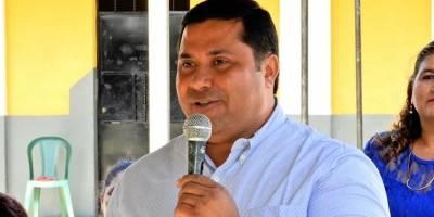 El presidente Alejandro Giammattei informó que Jorge Segura deja de ser el gobernador de Escuintla.
