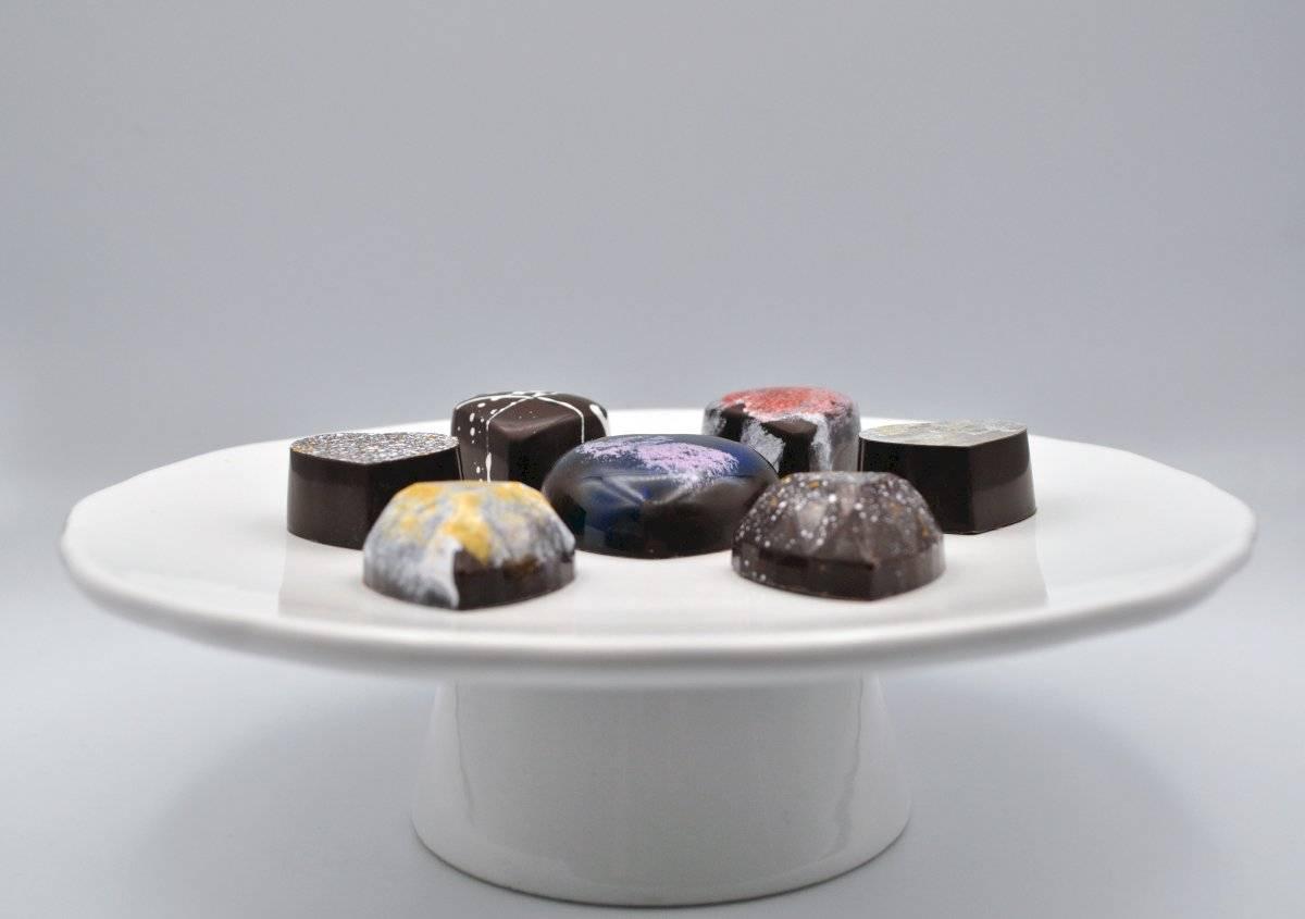 Para la familia Santos, es sumamente importante conocer el origen de los productos que utilizan para elaborar sus famosos bombones de chocolates. Deborah Correa