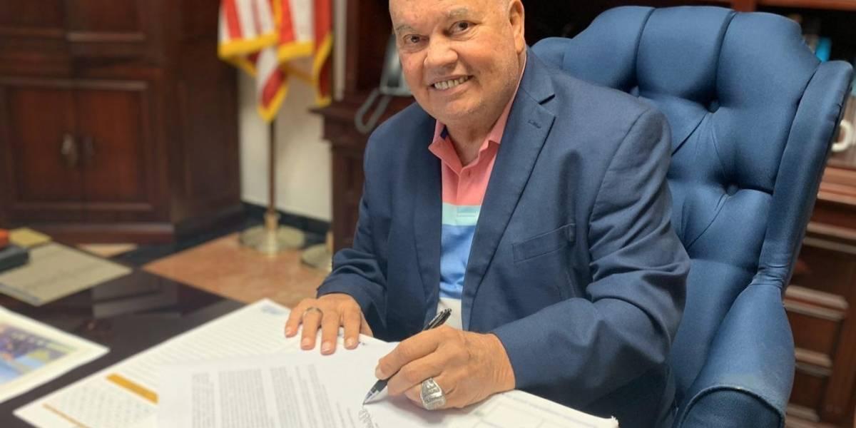 Renuncia el alcalde de Fajardo