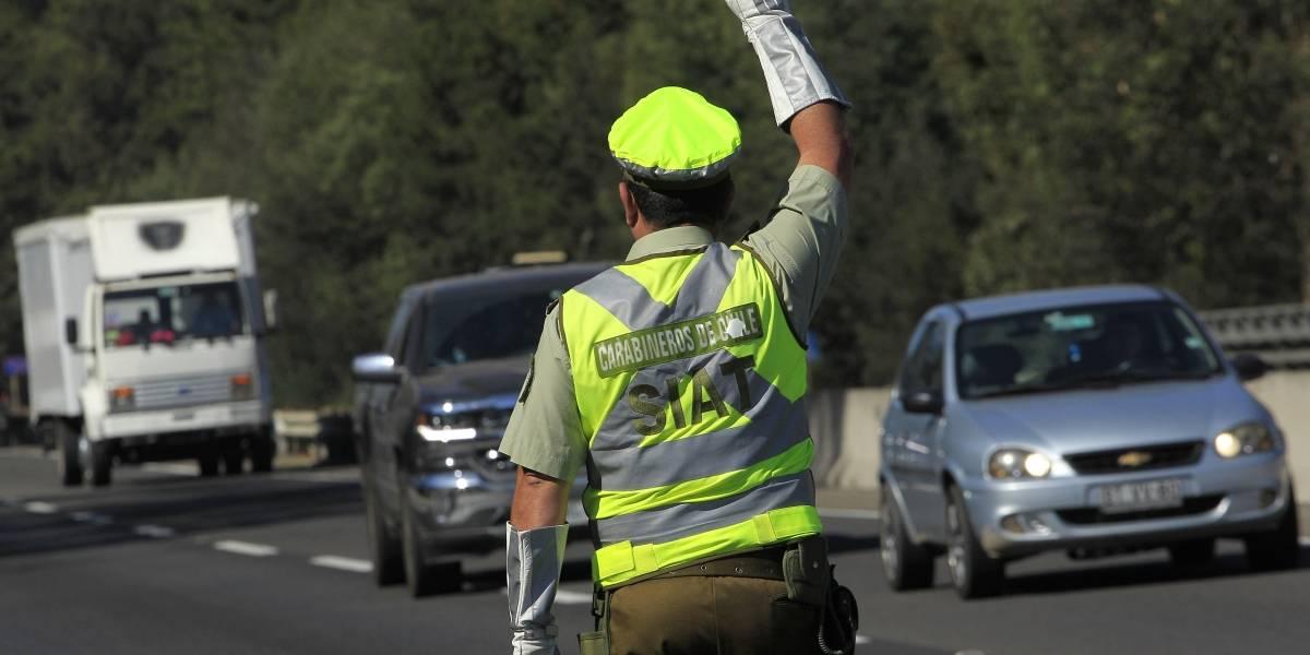 Se espera que 350 mil vehículos abandonen Santiago en recambio de veraneantes