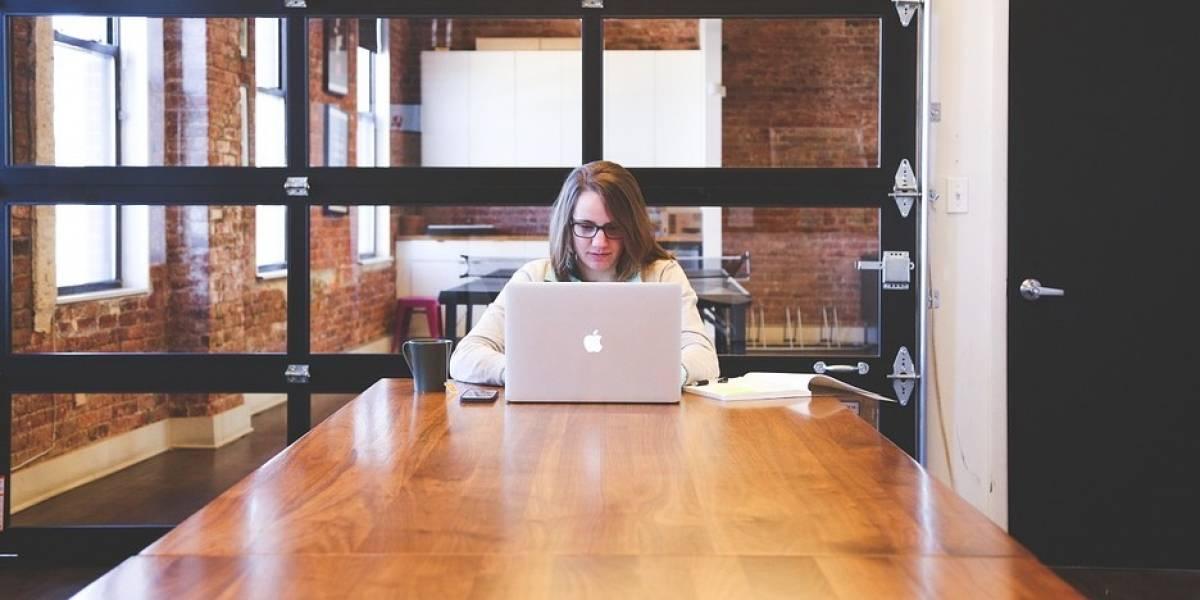 Importante crear empresas menos digitales: Jorge Landsmanas