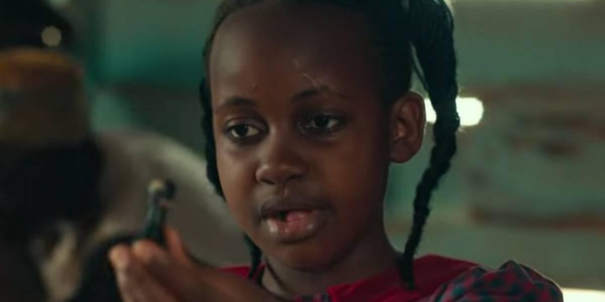 """Actriz de Disney muere a sus 15 años: Nikita Walingwa de """"La reina de Katwe"""""""