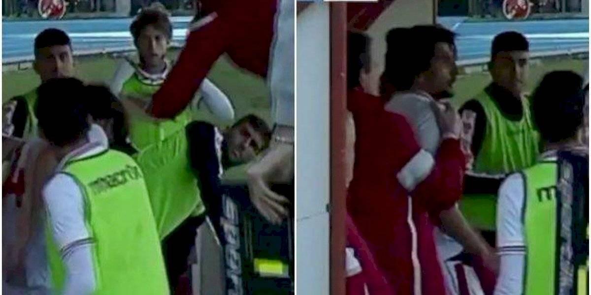 Entrenador de futbol es expulsado por agredir a su propio jugador
