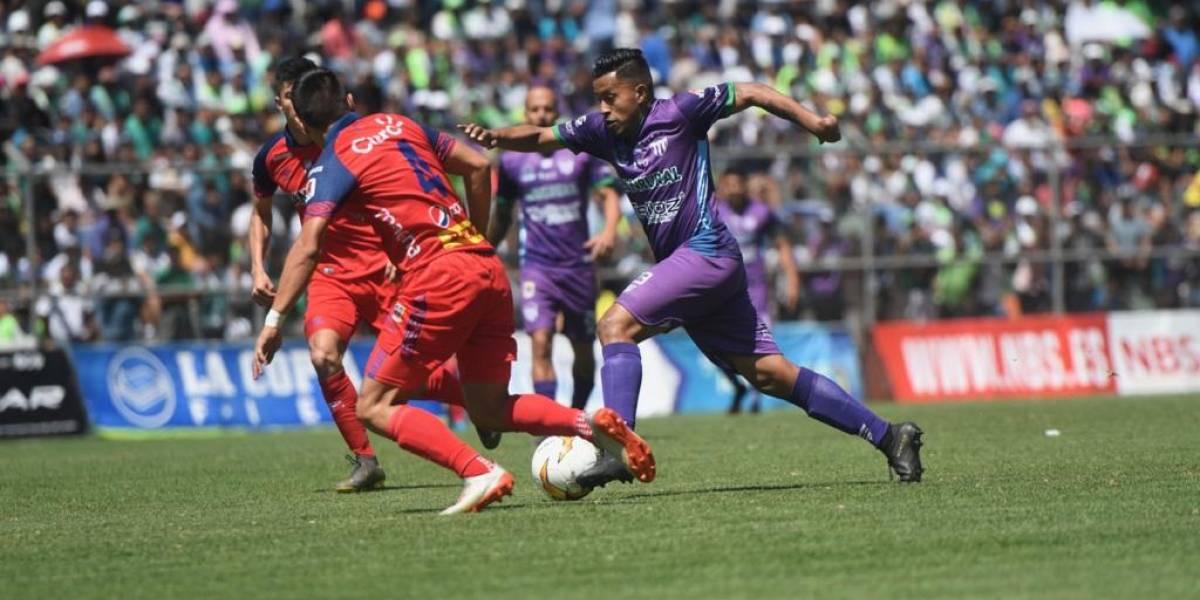 Liga Nacional depende de lo que dicte el presidente Alejandro Giammattei