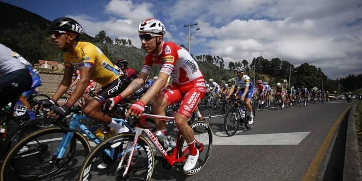 (FOTO) Vergüenza por enorme hueco en vía habilitada para el Tour Colombia