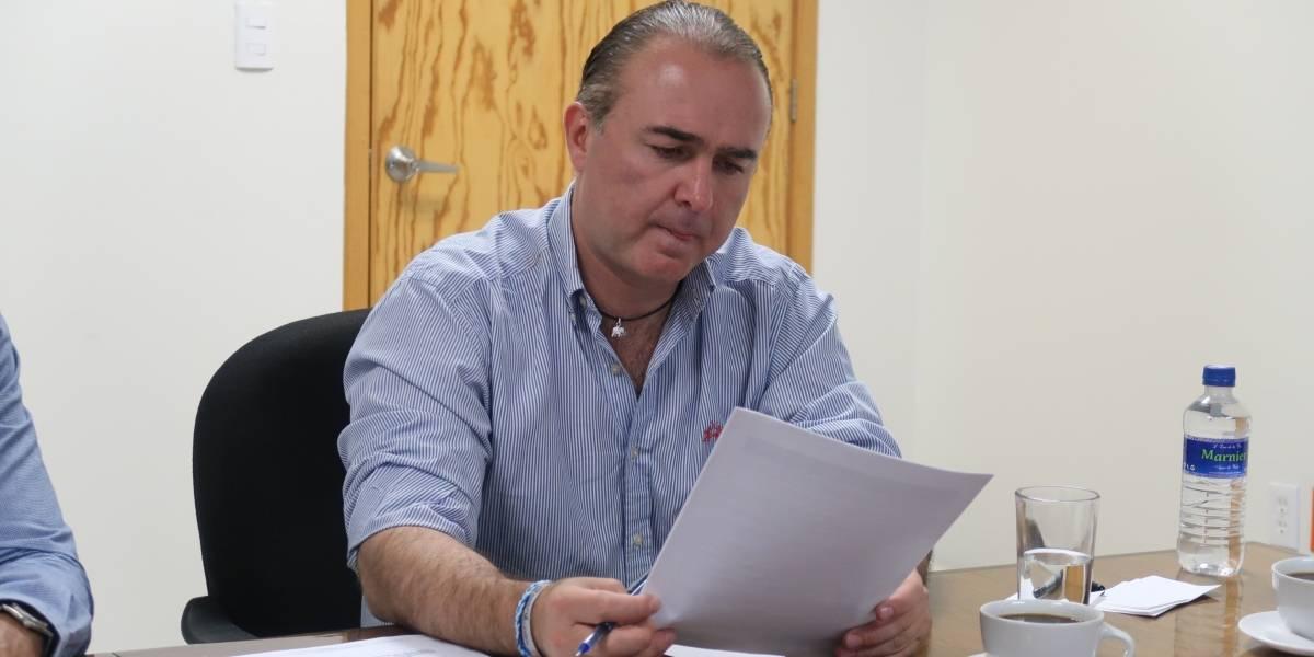 Acusan a alcalde de San Miguel de Allende de acosar a periodista