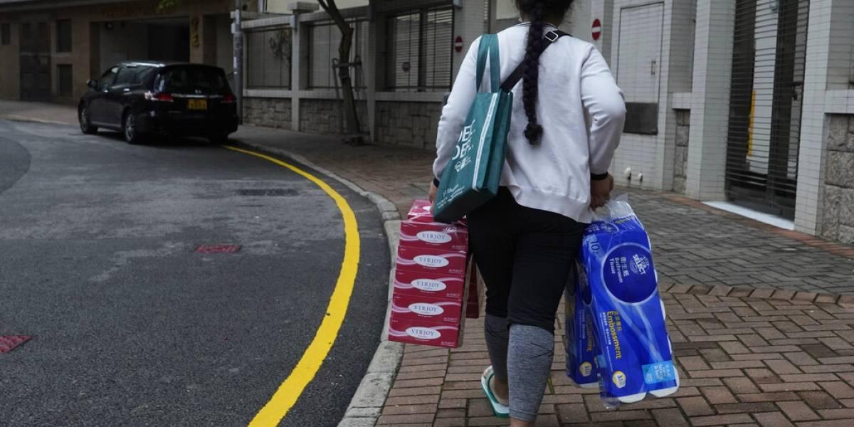 Todo sea por la limpieza: Banda armada roba 600 rollos de papel higiénico en Hong Kong
