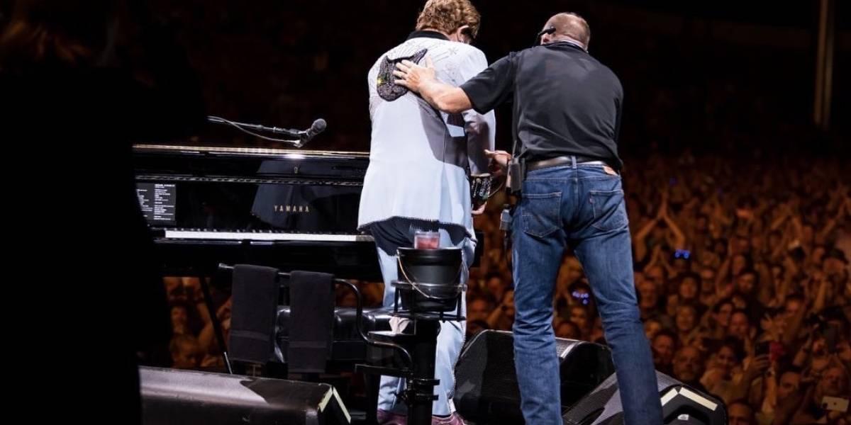 El show debe seguir: Elton John intentará continuar su gira tras perder la voz en Nueva Zelanda