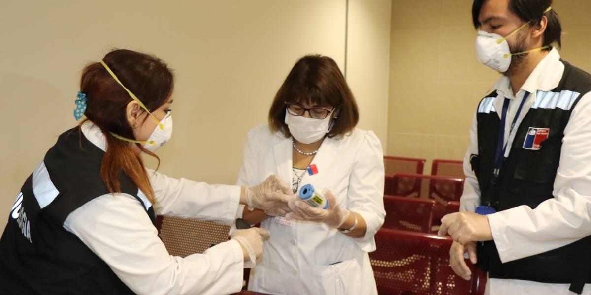 Ministerio de Salud refuerza medidas contra el coronavirus en el aeropuerto de Santiago