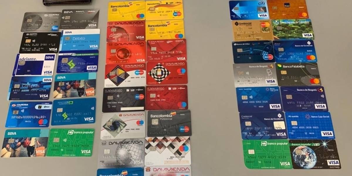 Cayó banda que se dedicaba al 'cambiazo' de tarjetas débito