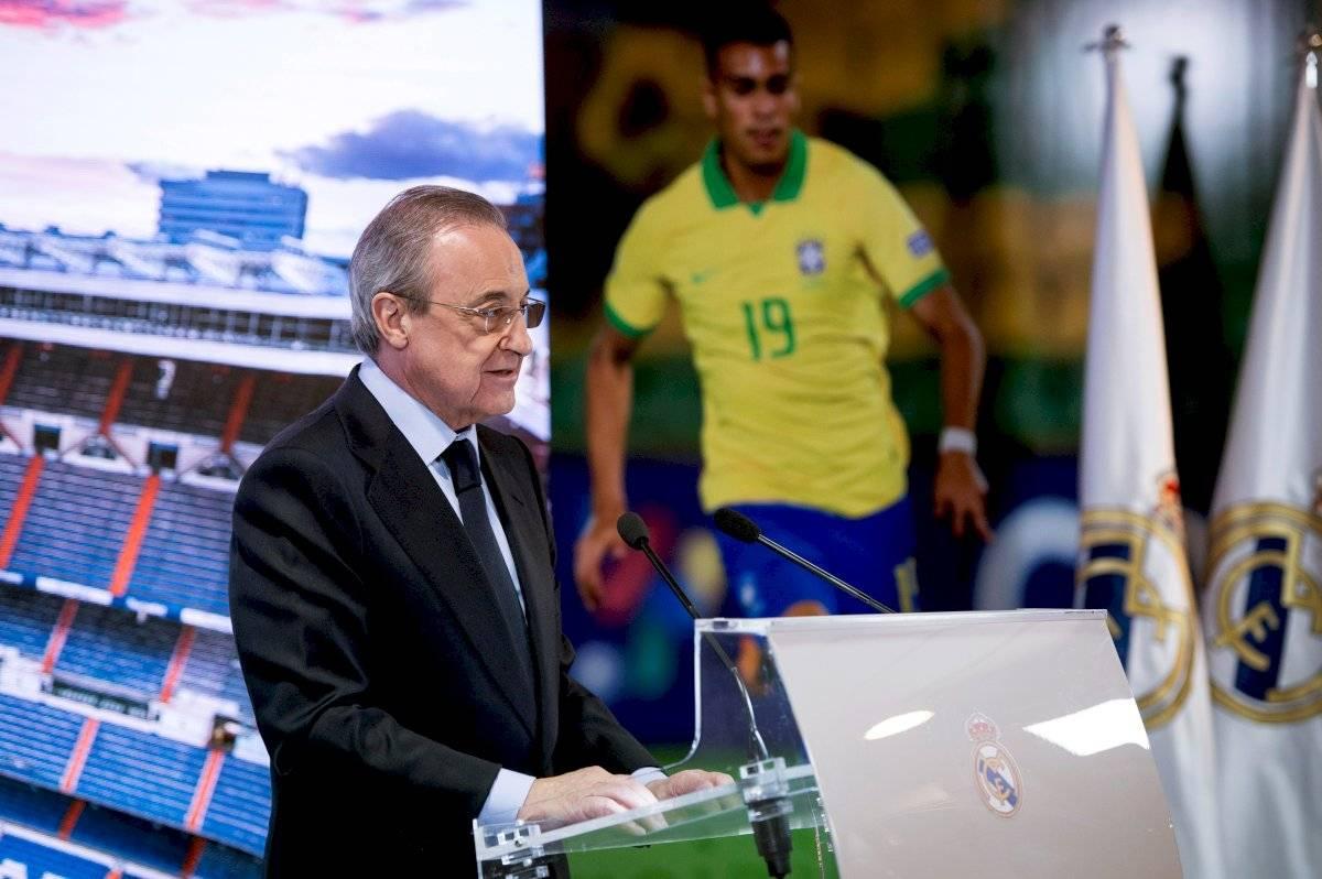 Florentino Pérez presenta a Reinier en el club