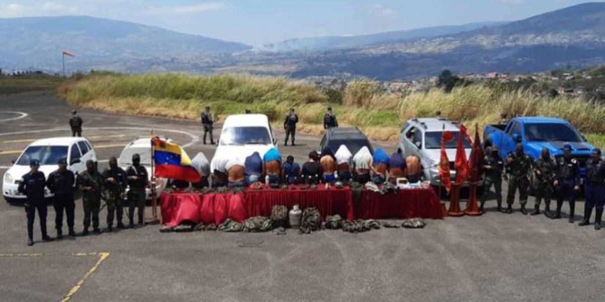 Capturan a 14 miembros de 'Los Rastrojos' en zona fronteriza a Colombia