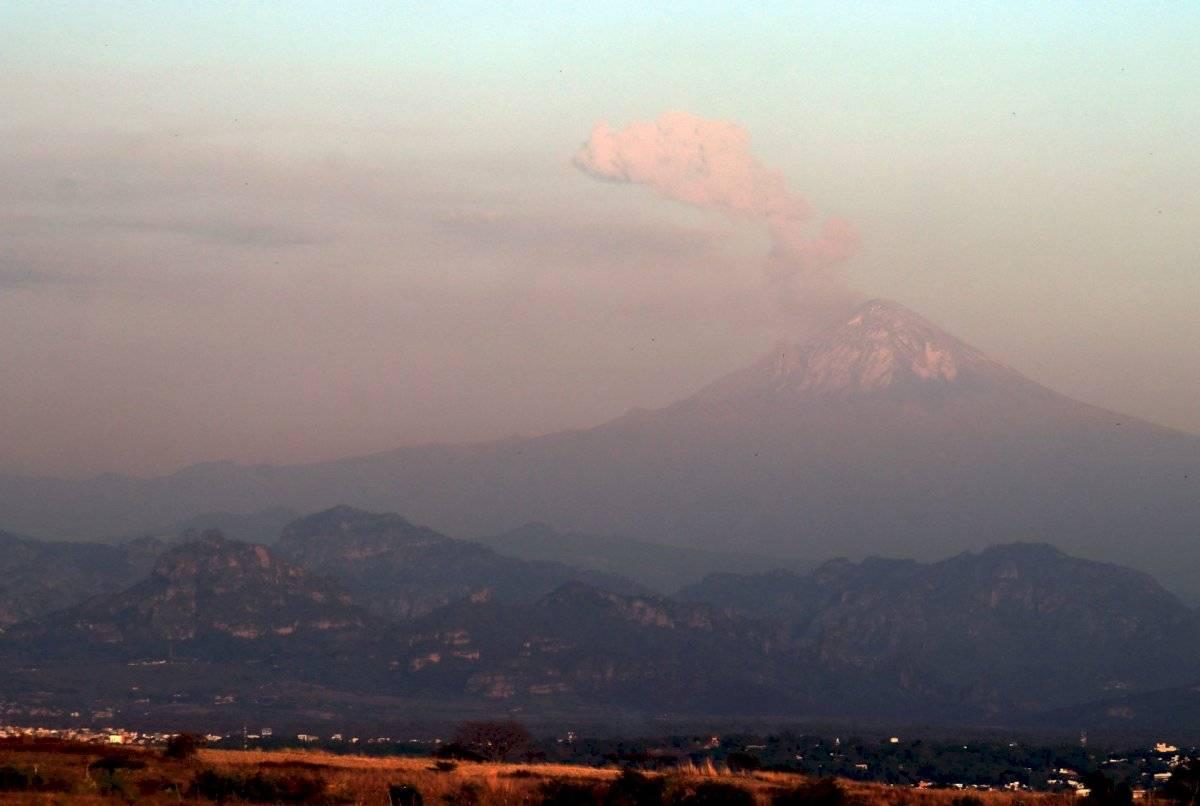 Incesante actividad del volcán Popocatépetl, ubicado en el centro de México.