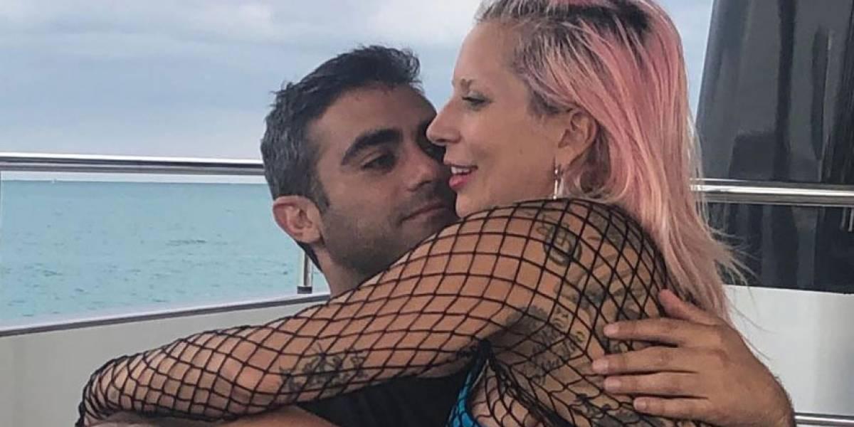 Lady Gaga ya no oculta su amor y comparte fotos junto a su nuevo novio