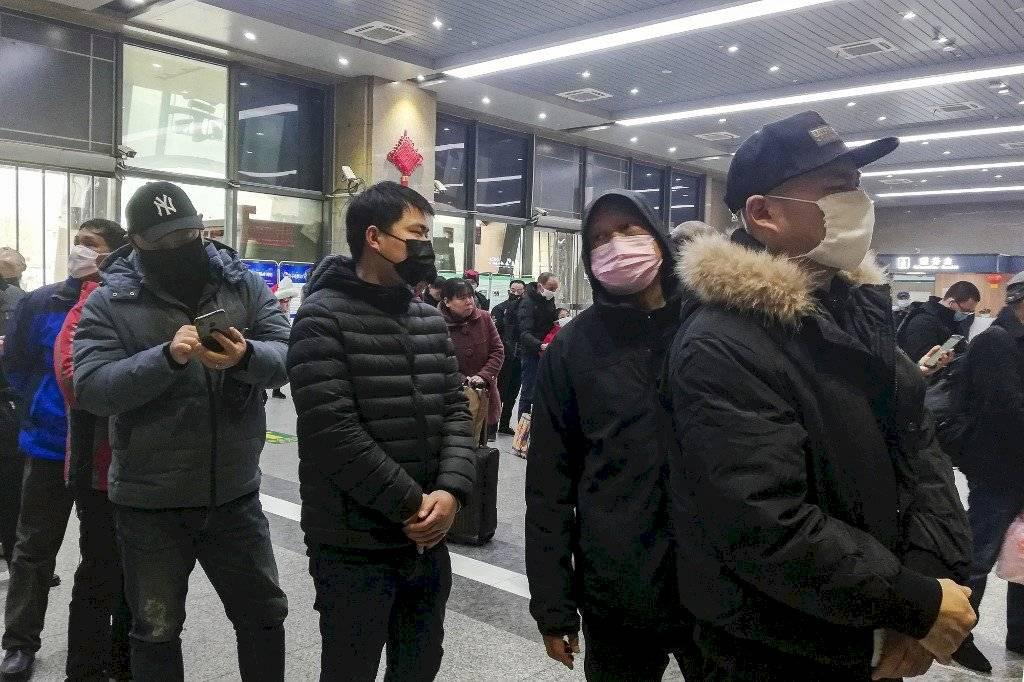 Jefe del hospital de Wuhan muere por coronavirus, según medios chinos
