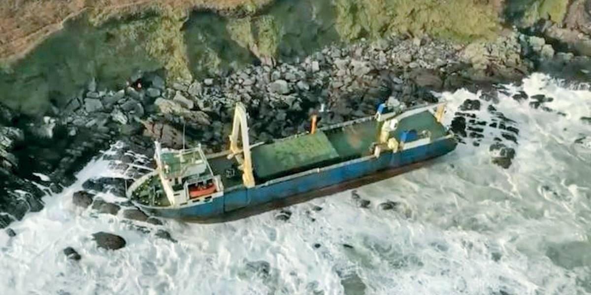 Navio 'fantasma' reaparece na Irlanda após 17 meses sumido