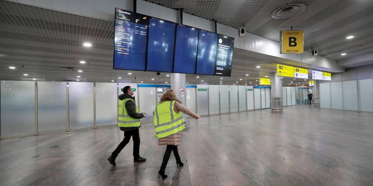 ¿Un fantasma en el Aeropuerto El Dorado? Video viral parecería demostrarlo